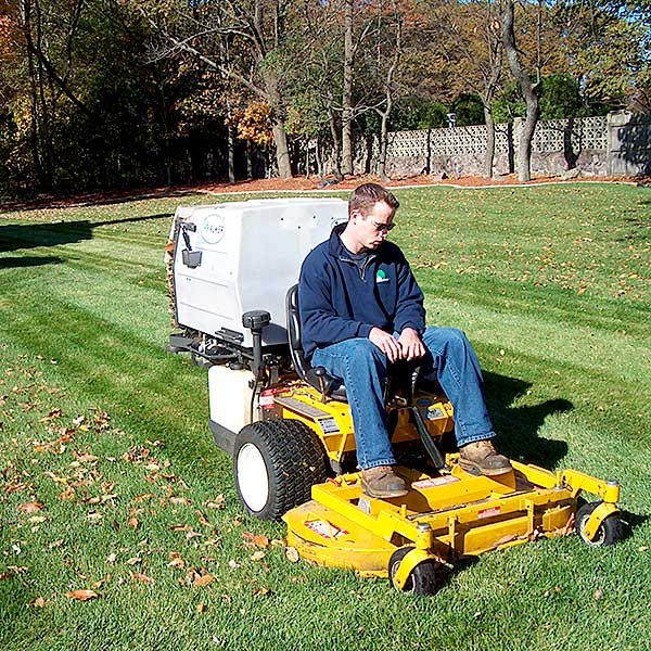 Residential Mowing & Lawn Maintenance Burlington, Stoneham, Woburn, Winchester MA