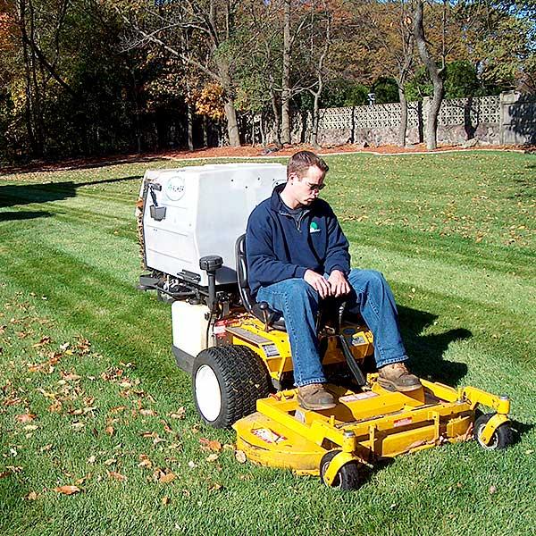 Residential Mowing & Lawn Maintenance Burlington, Stoneham, Woburn, Winchester MA