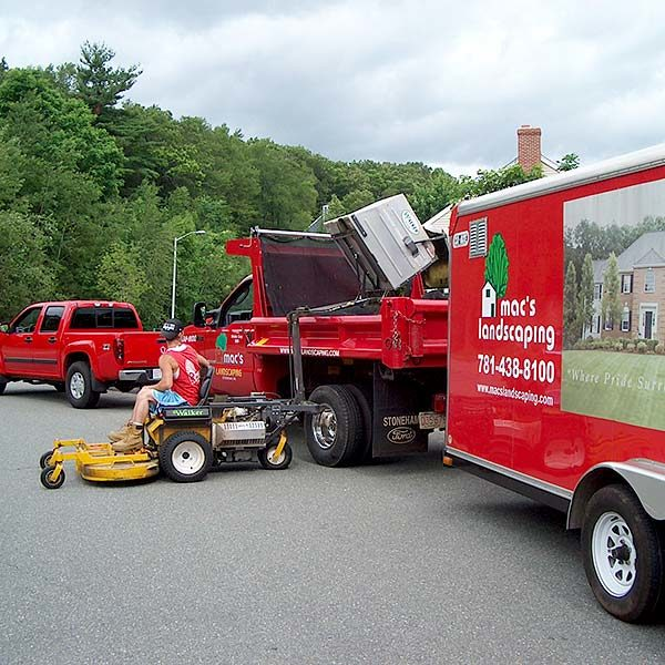 Mac's Landscaping Residential Services Burlington MA